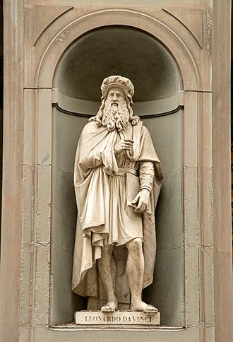 Luigi Pampaloni - Image: Statue of Leonardo Da Vinci in Uffizi Alley, Florence, Italy