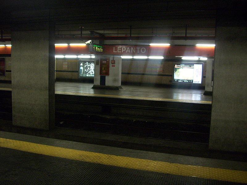 File:Stazione di Lepanto.jpg