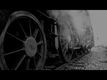 Datei:Steam train at station.webm