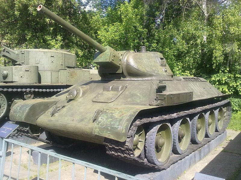 800px-T-34.jpg