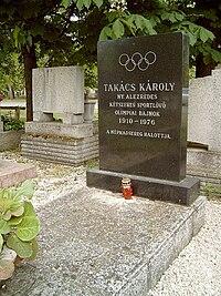 Takács Károly sírja.jpg