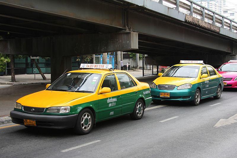 Como pegar táxi no aeroporto de Bangkok