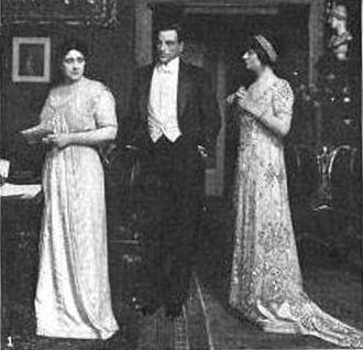 Teresa Maxwell-Conover - Gladys Hanson, Milton Sills and Teresa Maxwell-Conover in The Governor's Lady