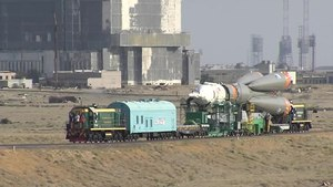 File:The Expedition 48-49 Soyuz Rocket Comes Together and Moves to Its Launch Pad.webm