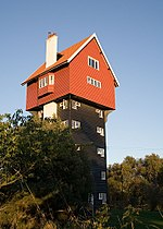 The House in the Clouds in Thorpeness functioned as the town's water tower until 1923.