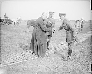 William Bernard Hickie - Hickie and Brigadier General Ramsay greet Cardinal Francis Bourne in 1917.