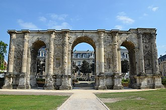 Marne - Image: The Porte Mars, an ancient Roman triumphal arch in Reims dating from the 3rd century AD and the widest arch in the Roman world, Durocortorum (Reims, France) (9292412785)
