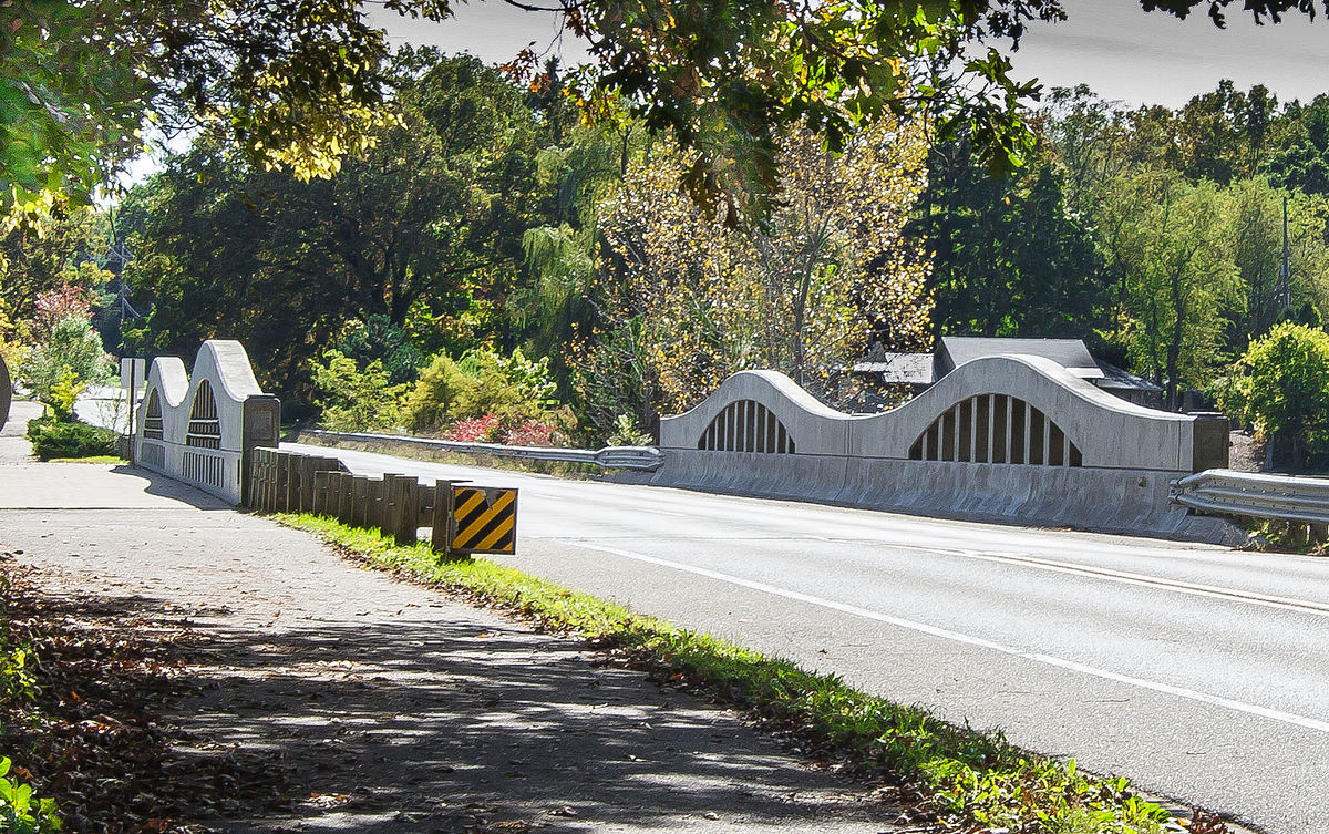 Thornapple River Drive Bridge - Wikipedia