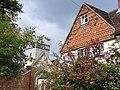 Tile-Hung Cottage, Betchworth - geograph.org.uk - 549275.jpg