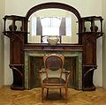 Tony selmersheim, mobile e caminetto, francia 1898-99, davanti sedia di hector guimard (1905 ca.).JPG