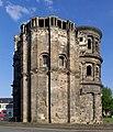 Trier Porta Nigra von Osten BW 2014-05-19 08-25-38.jpg