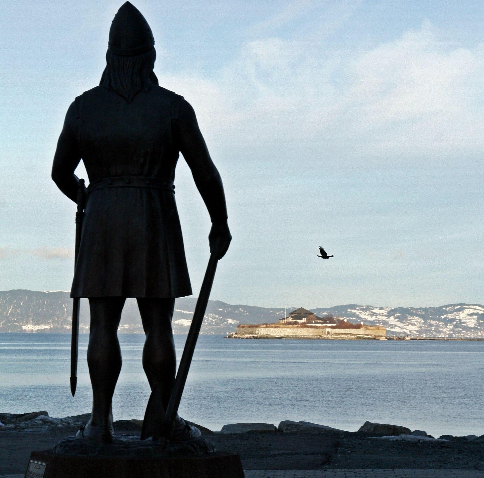 Викинги — Википедия Скандинавы Викинги