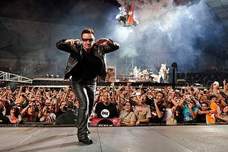 U2 360° Tour - Bono and fans at Estádio Cidade de Coimbra, Portugal