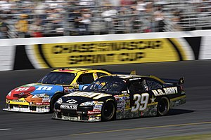 English: Ryan Newman edges his Number 39 Army ...