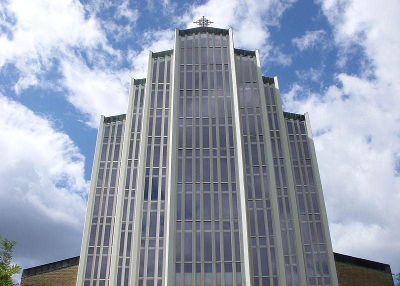 Uppenbarelsekyrkan i juni 2010