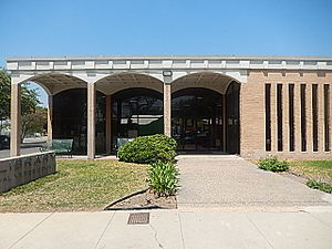 Val Verde County, Texas - The Val Verde County Library is located at 300 Spring St. in Del Rio