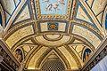 Vatican museum (15205533712).jpg