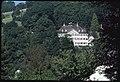 Veduta della tenuta Haltli immersa nei boschi (DOI 24484).jpg
