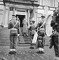 Verjaardag van Zijne Koninklijke Hoogheid Prins Bernhard defile (Aubade), Bestanddeelnr 911-3795.jpg