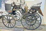 Verkehrsmuseum Dresden - Straßenverkehr - Daimler Motorkutsche 1886 - DSC4800.jpg