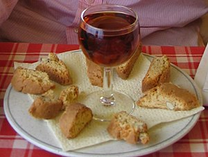English: Vin Santo e Cantucci in Milan, Italy.