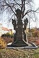Vinoř square 05.JPG