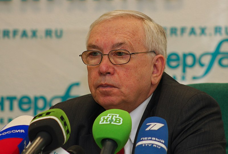 Tiedosto:Vladimir Lukin Moscow Interfax 02-2011.jpg