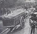 Voiture de blanchisseur photographiée au pont de Sèvres en 1896 - Cliché Marius.JPG