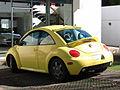 Volkswagen New Beetle 2.0 2000 (17362576855).jpg