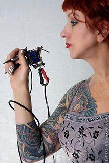 Vyvyn Lazonga tattoo artist