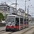 WL 130, Hauptbahnhof tram stop (Vienna; street level), 2019 (01).jpg
