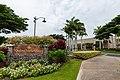 Waikola shopping Big island Hawaii (45364421045).jpg
