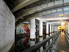 Walkway under Piccadilly (geograph 3167655).jpg