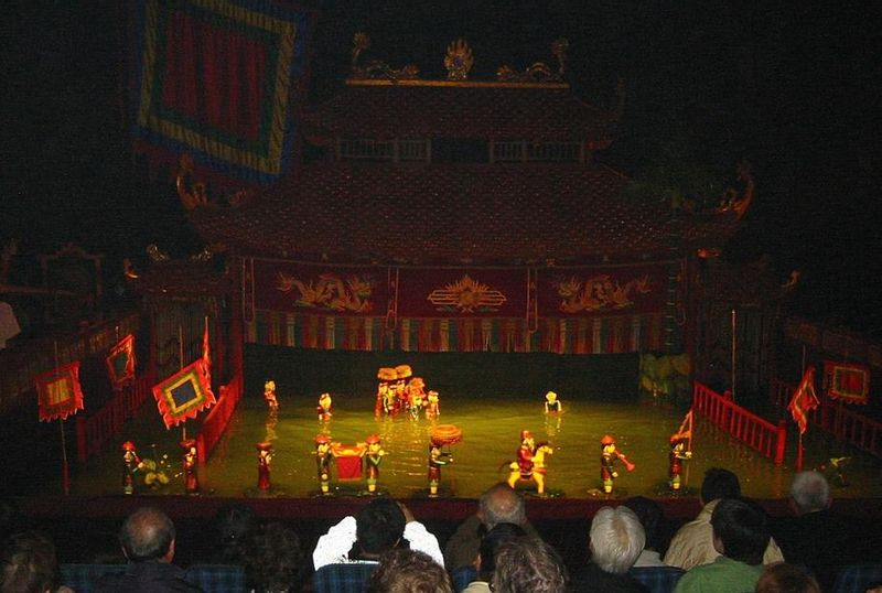 File:Water Puppet Theatre Vietnam(3).jpg