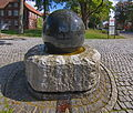 Weltkugelbrunnen vor Ludwig-Harms-Haus in Hermannsburg IMG 1510.jpg