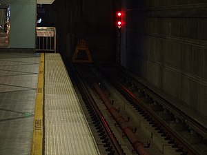 Wilshire/Western station - The bumper block at the end of the tracks