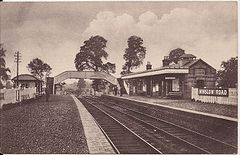 Winslow Road railway station.jpg