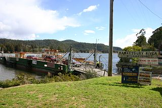 Wisemans Ferry Cable ferry in NSW, Australia