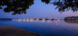 Woodrow Wilson Bridge - Woodrow Wilson Memorial Bridge at night