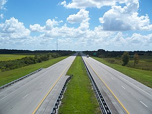Florida's Turnpike - Florida's Turnpike looking southbound from the U.S. Route 441 overpass, two miles north of the Yeehaw Junction exit