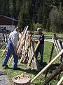 Zaunreparatur beim Museum Arlerhof in Abtenau 17.JPG