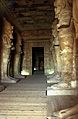 Ägypten 1999 (099) Assuan- Im Großen Tempel von Abu Simbel (27399543865).jpg