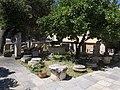Αυλή αρχαιολογικού μουσείου Χαλκίδας 9833.jpg