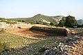 Η καινούργια στέρνα κάτω από το αρχαίο κάστρο. - panoramio.jpg