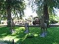 Достопримечательности Лога-парка 3 Скульптуры.jpg
