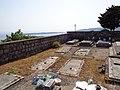 Свјетлопис дијела гробља у порти серб.пр.цр.Св.Трифуна,Клинци,Луштица(ЦГ), и поглед на Превлаку(ХР).jpg