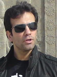 قهرمان تیم ملی کاراته ایران.jpg