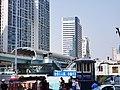 厦门站BRT和旁边的高楼 2.jpg