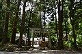 御栗栖神社(東側参道) - panoramio.jpg