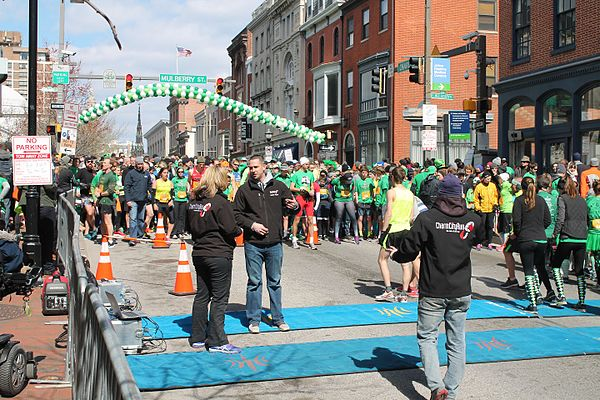 02.OnTheMark.5K.BaltimoreMD.12March2017 (33264352822).jpg
